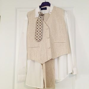 New with tags. 4 piece cream boys outfit.